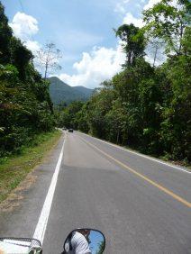 The drive to Tong Nga Chang