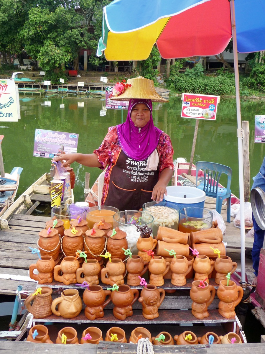 Photo a day: Khlong Hae floating market