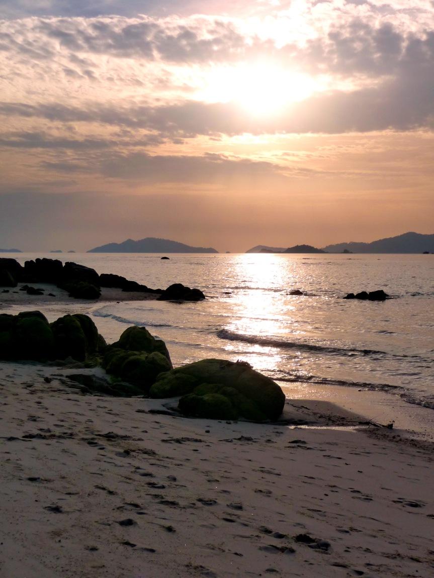 Photo of the day: Sunset beach, KohLipe